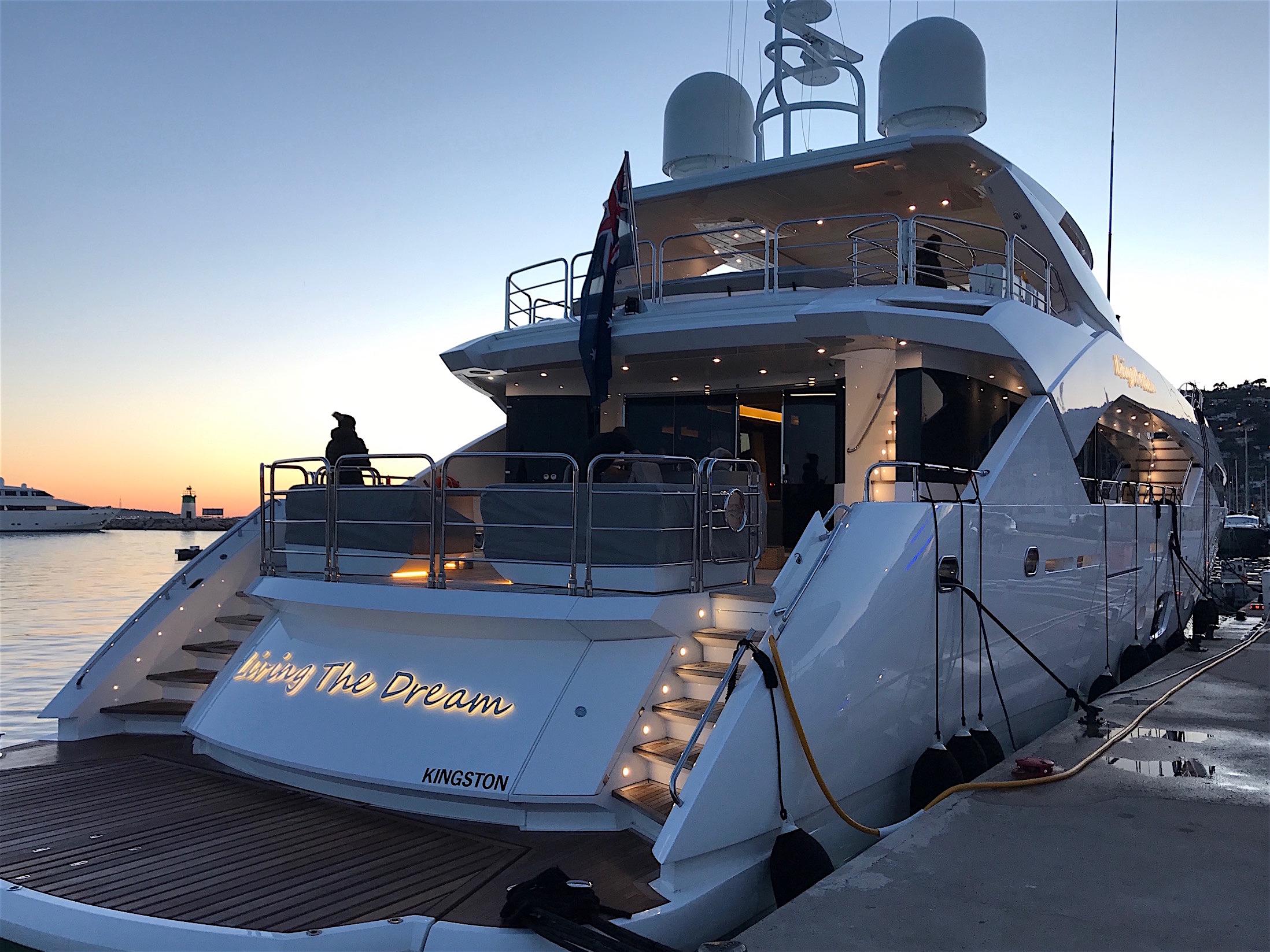 Sale Of 2015 Sunseeker 115 Sport Yacht Living The Dream Ray White Marine