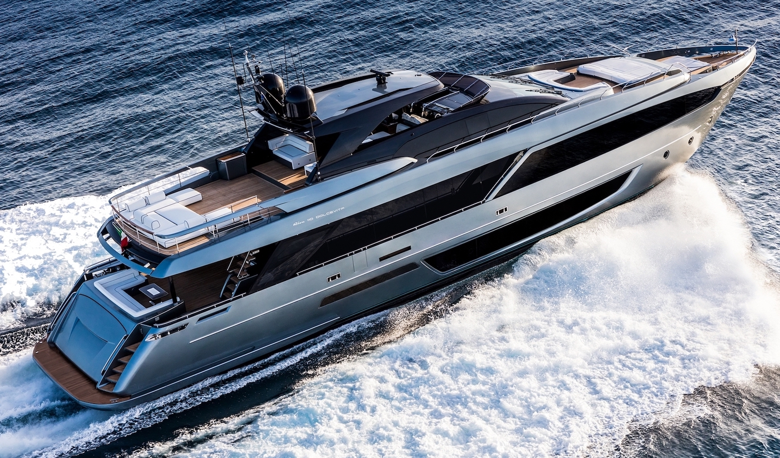 Ray White Marine - Luxury Yacht Sales and Boat Auctions